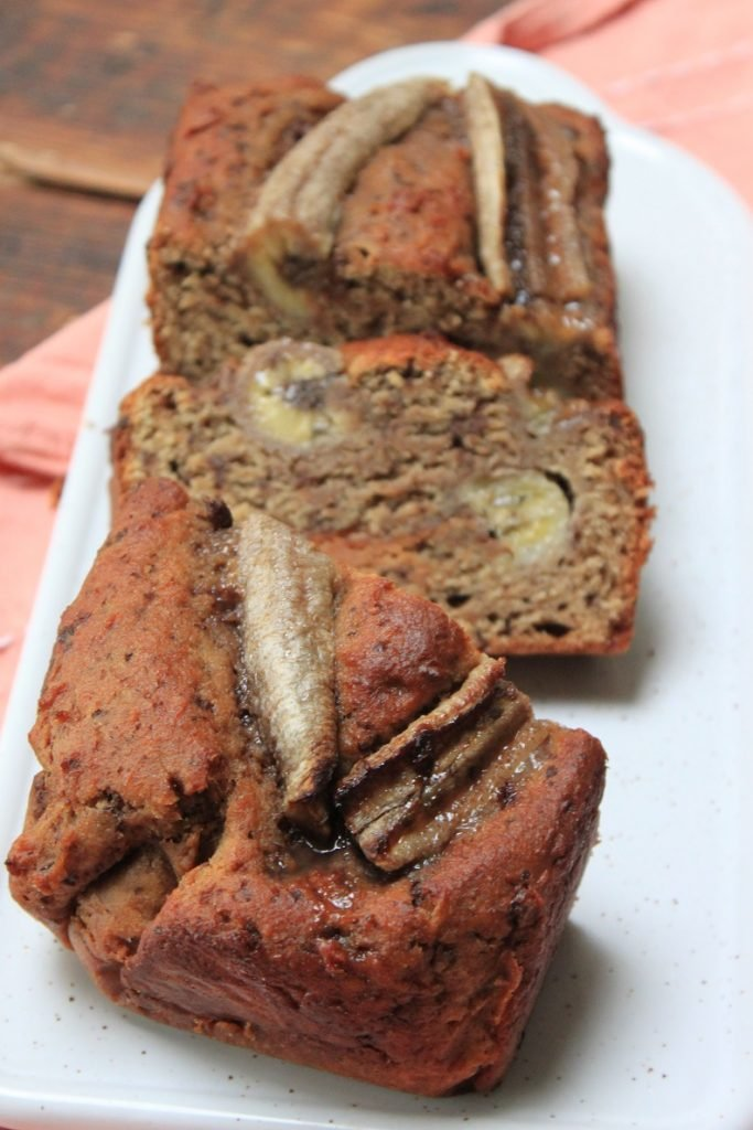 Recept voor bananenbrood met pindakaas en chocolade van Foodblog Foodinista