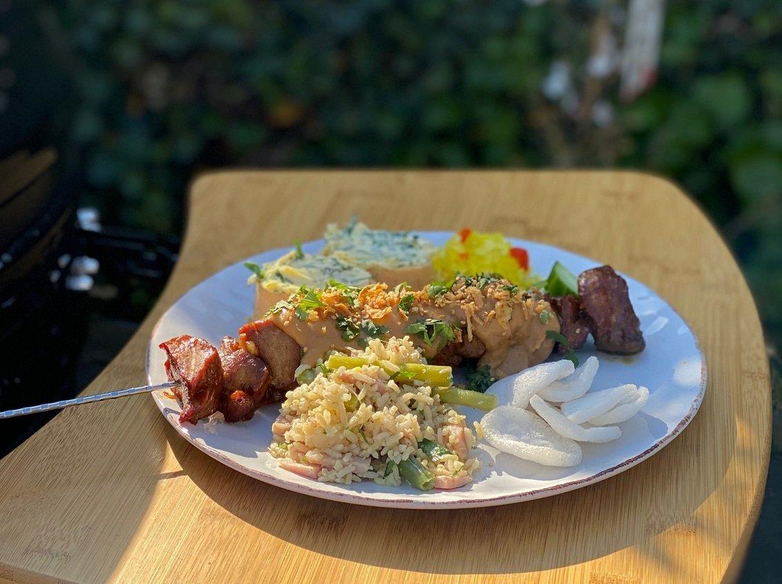 Varkenshaas saté van de barbecue - Barbecue recepten - Foodblog Foodinista