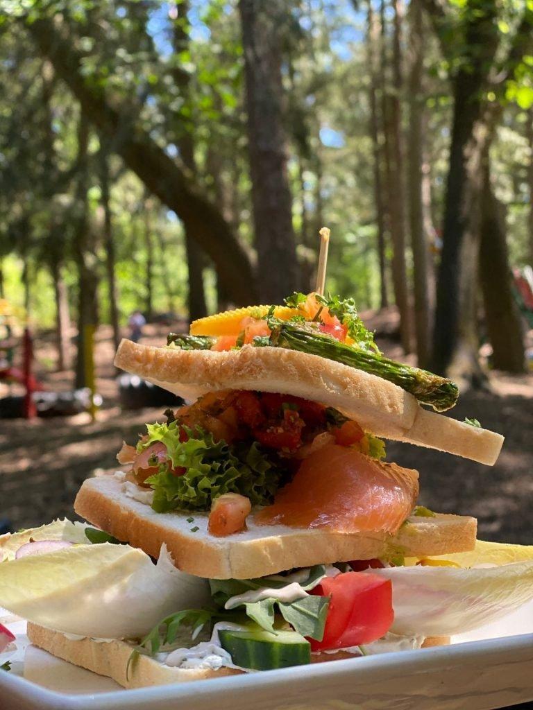 Lunchen bij de Rode Lelie in Oisterwijk in het bos - tips van Foodinista