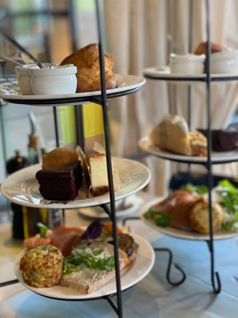 High tea bij Villa Augustus in Dordrecht - restaurant tips in Dordrecht