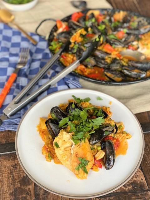Recept voor Paella met kip, mosselen en zeevruchten van Foodblog Foodinista