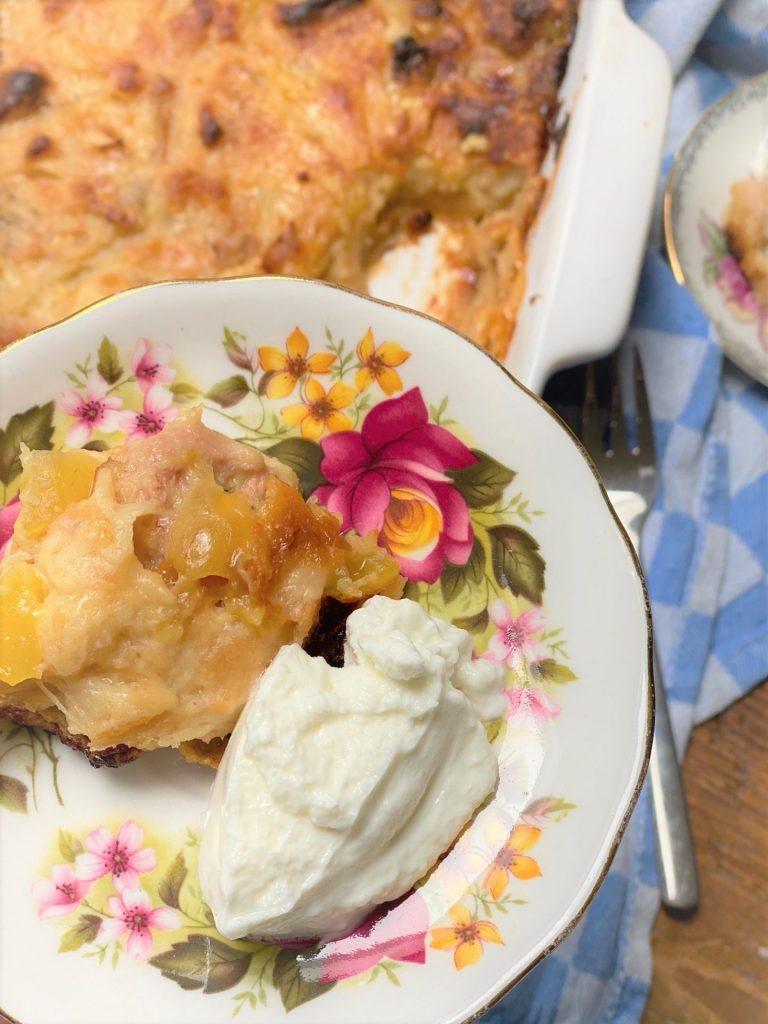 Tropische broodpudding met kokos, mango en banaan recept van Foodblog Foodinista