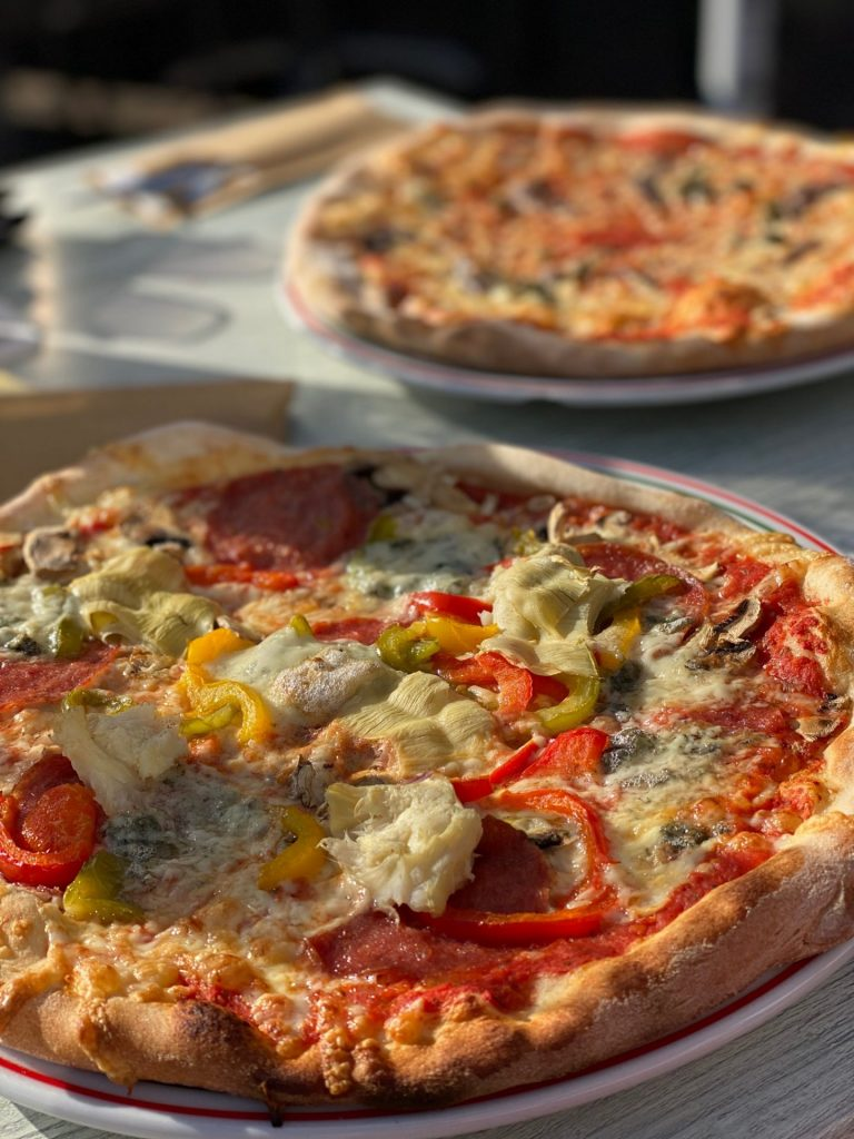 Pizza eten in Joure bij Sardegna - Tips van Foodinista