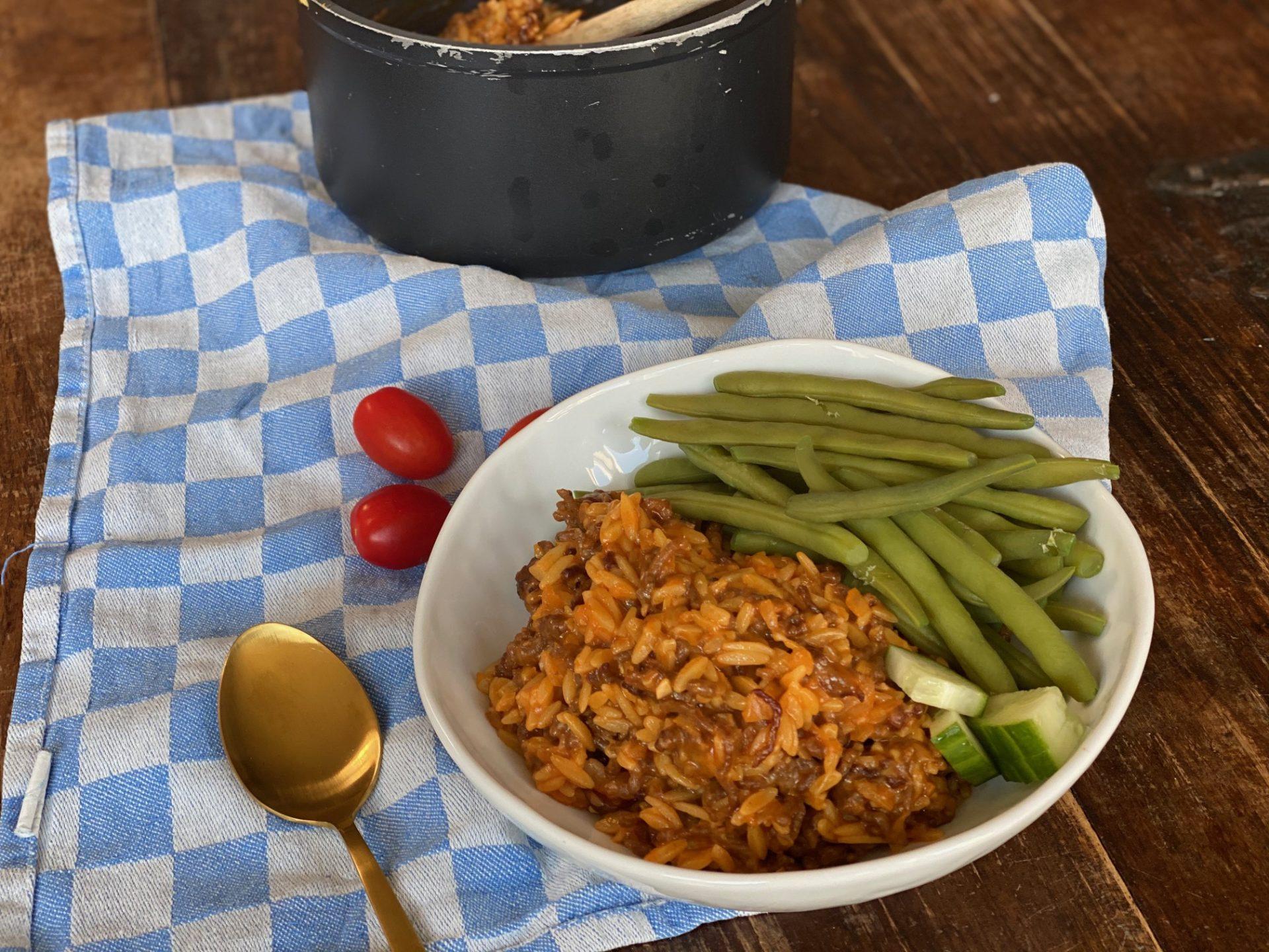 Orzo Bolognaise - Risoni Bolognaise recept van Foodblog Foodinista