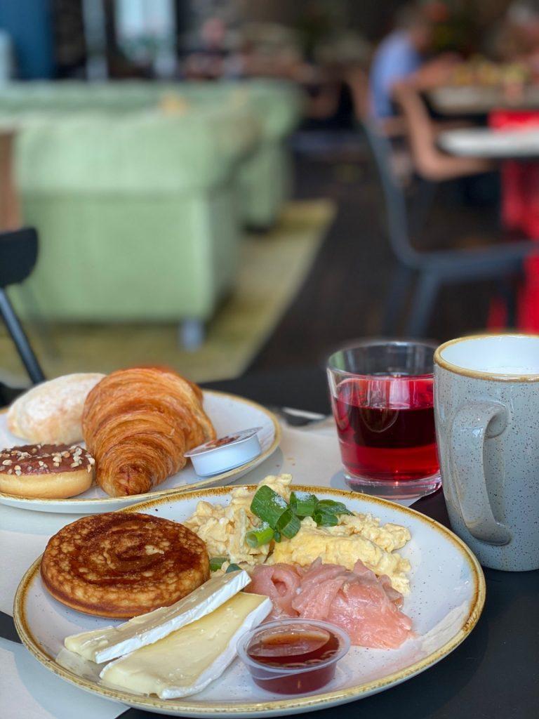Ontbijt bij Hotel Lion d'Or in Haarlem - City Trip tips van Foodinista