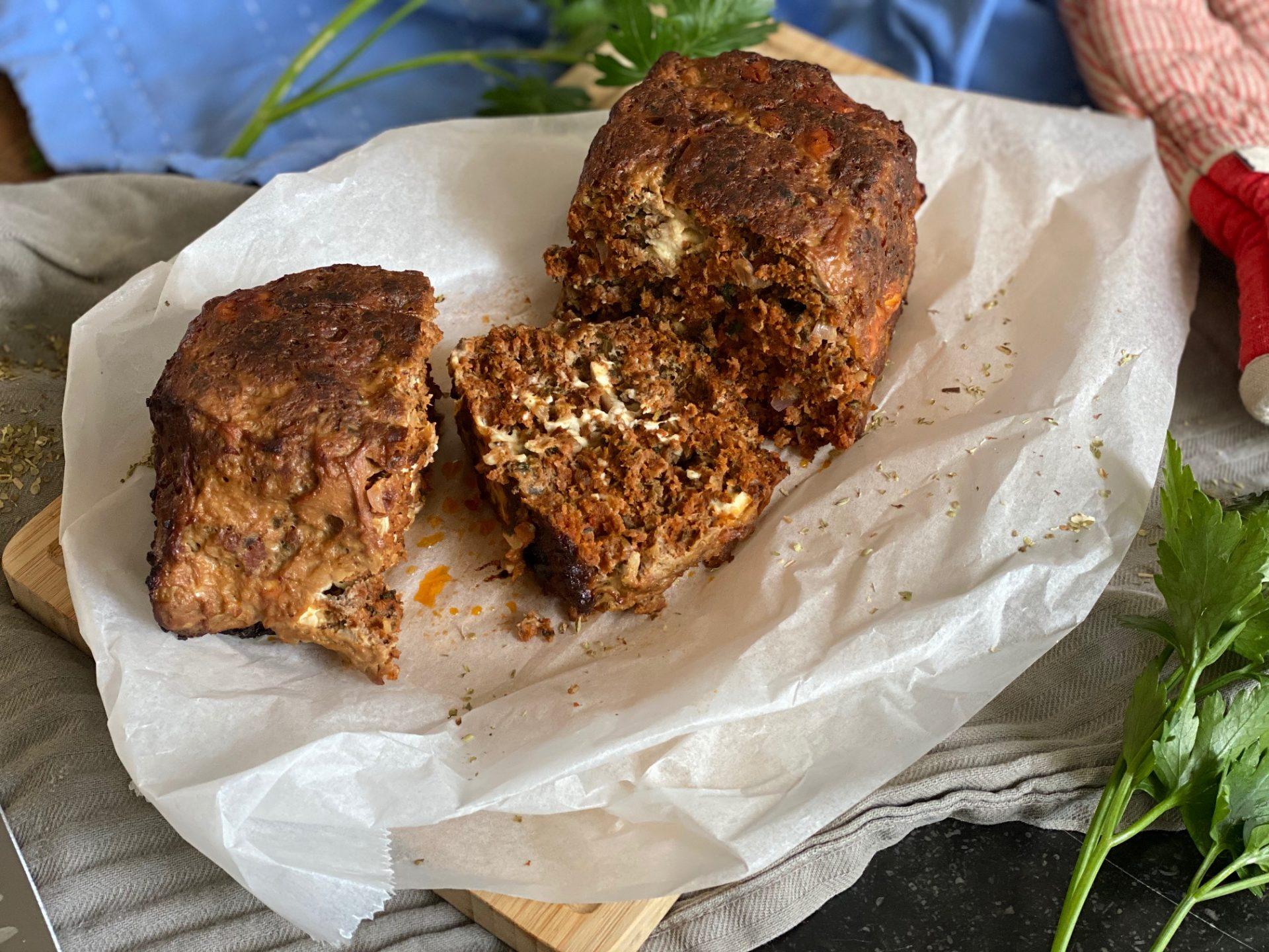 Grieks gehaktbrood met feta en spinazie - Recept van Foodblog Foodinista