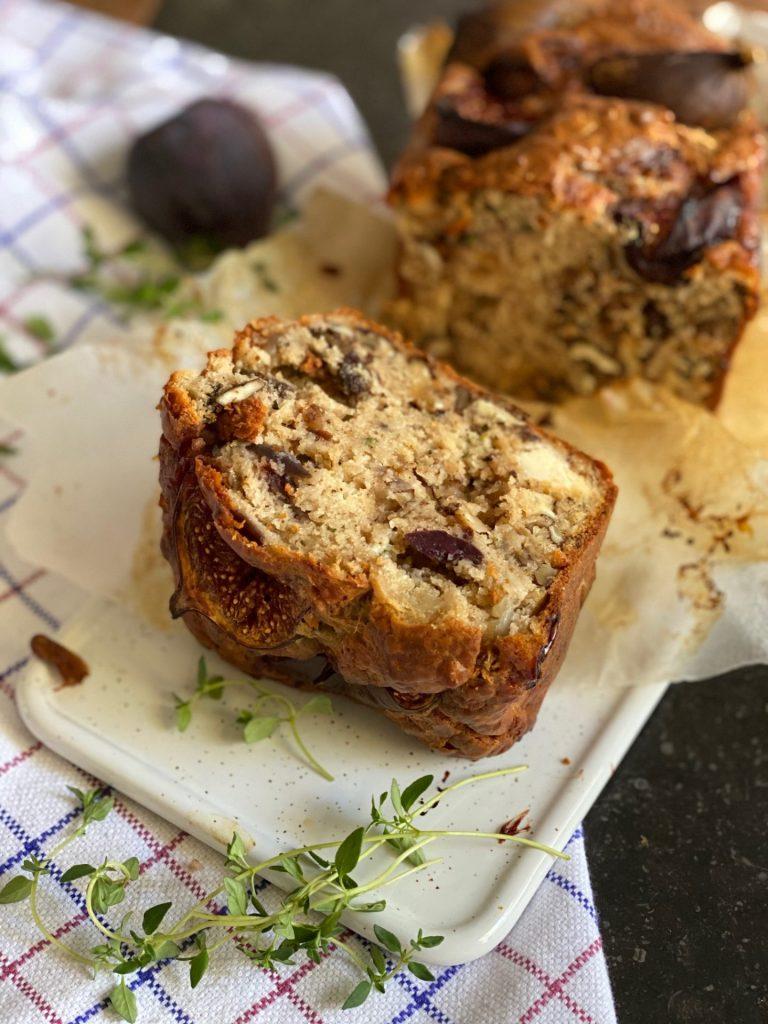 Hartige cake recept met vijgen, walnoten en geitenkaas van Foodblog Foodinista