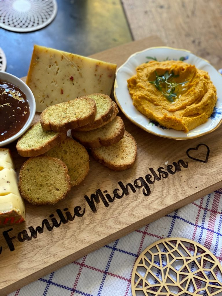 Herfst Borrelplank – Gepersonaliseerde borrelplank voor sfeervolle herfstdagen - Foodblog Foodinista