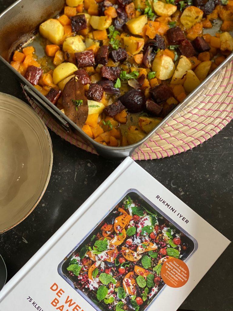 Bakplaat recept: Aardappel met chorizo, pompoen en rode ui uit de oven - Foodblog Foodinista