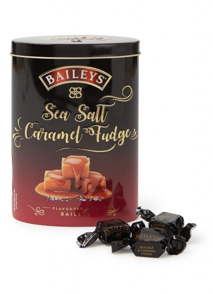 Baileys Salted Caramel Fudge - Cadeau tips voor de feestdagen - Foodblog Foodinista
