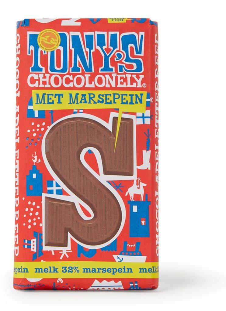 Tony Chocolonely Melk chocoladeletter met marsepein - Sinterklaas cadeautjes tips van Foodblog Foodinista