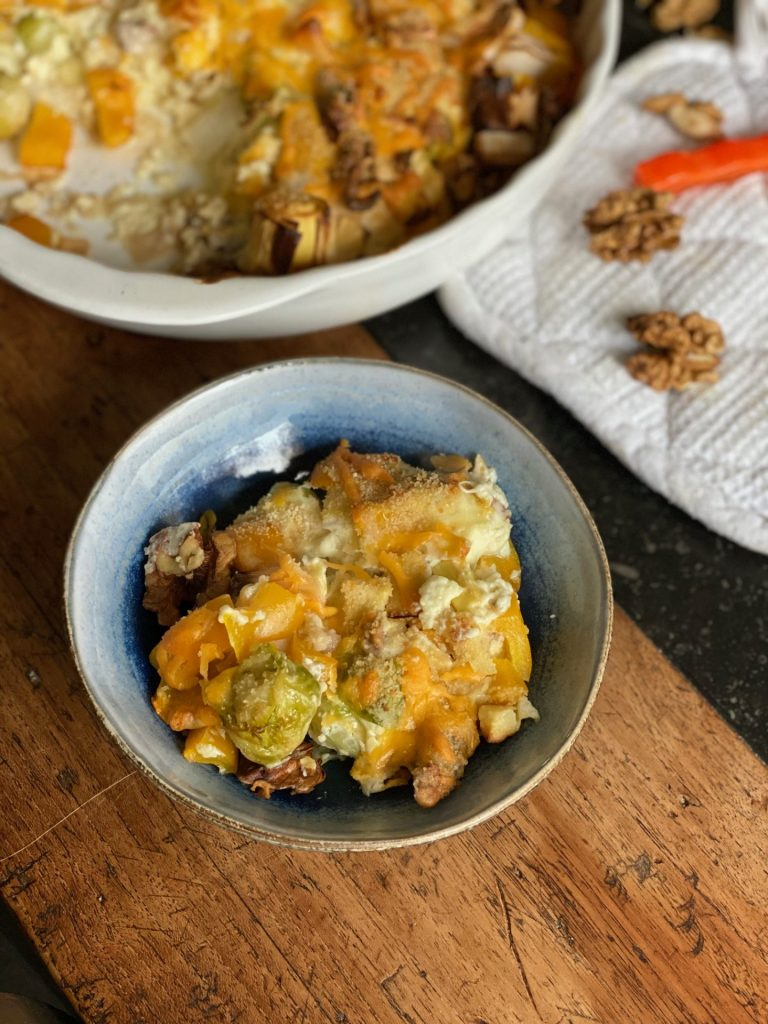 Spruitjes gratin recept met prei, walnoten en gorgonzola - Foodblog Foodinista