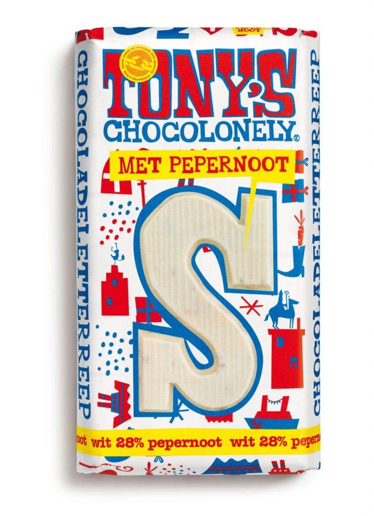 Tony Chocolonely Witte chocoladeletter met pepernoot - Sinterklaas cadeautjes tips van Foodblog Foodinista