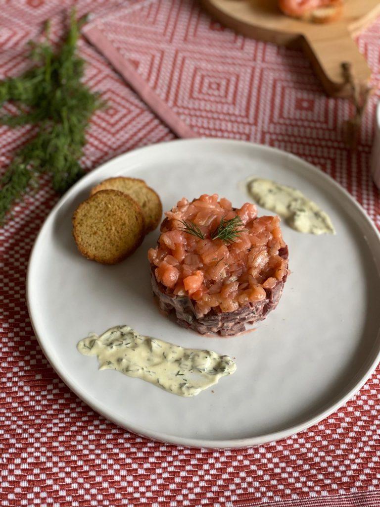Vis met bietjes recept - Fris torentje met bietjes en gravad lax - Recept van Foodblog Foodinista