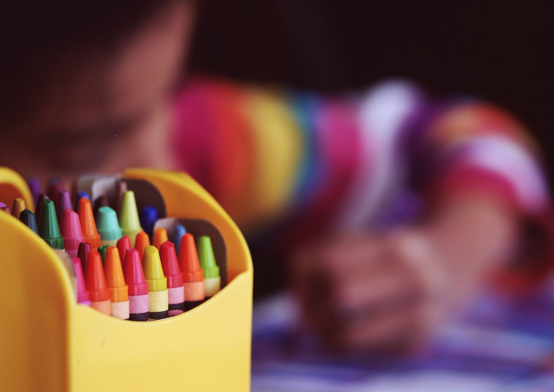Knutsel speelgoed voor kinderen vanaf 4 jaar: 5 tips