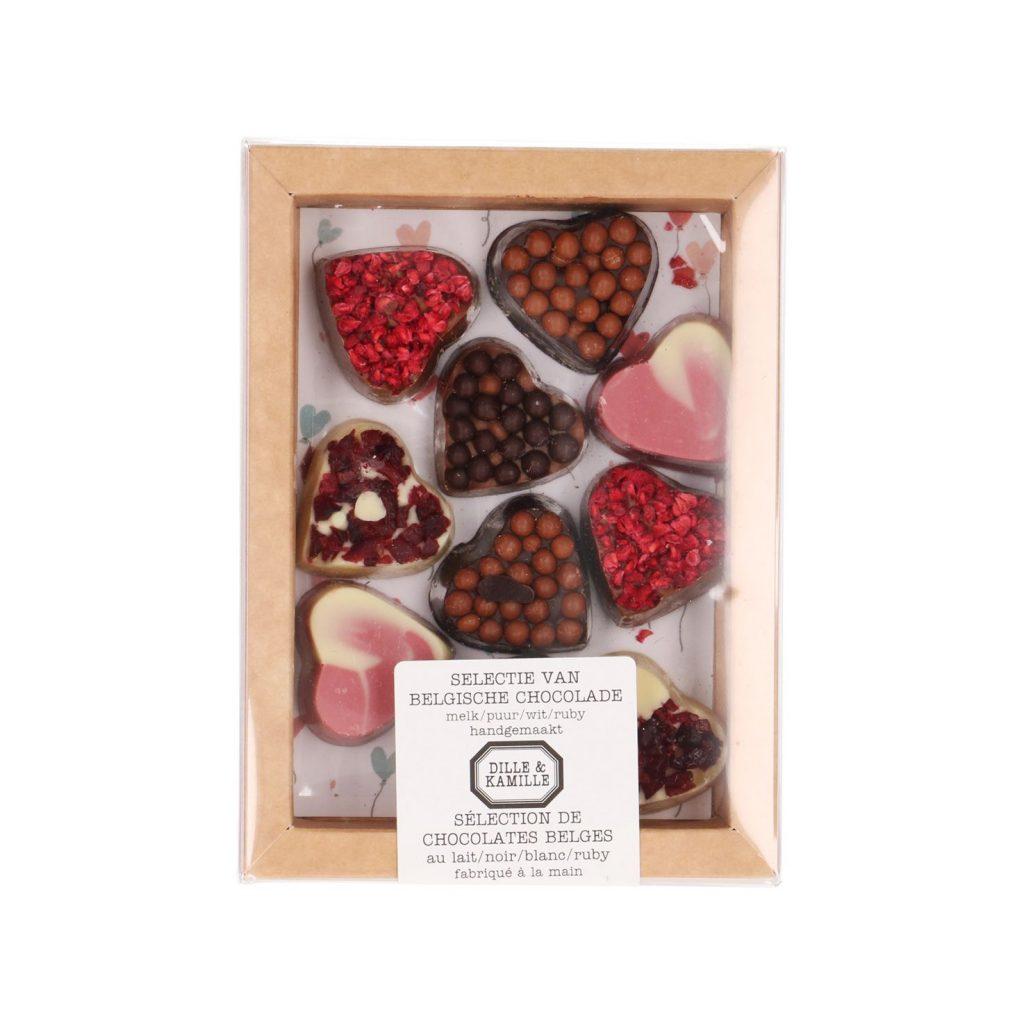 Chocolade hartjes veroveren je hart - Valentijnscadeautjes van chocolade tips van Foodinista