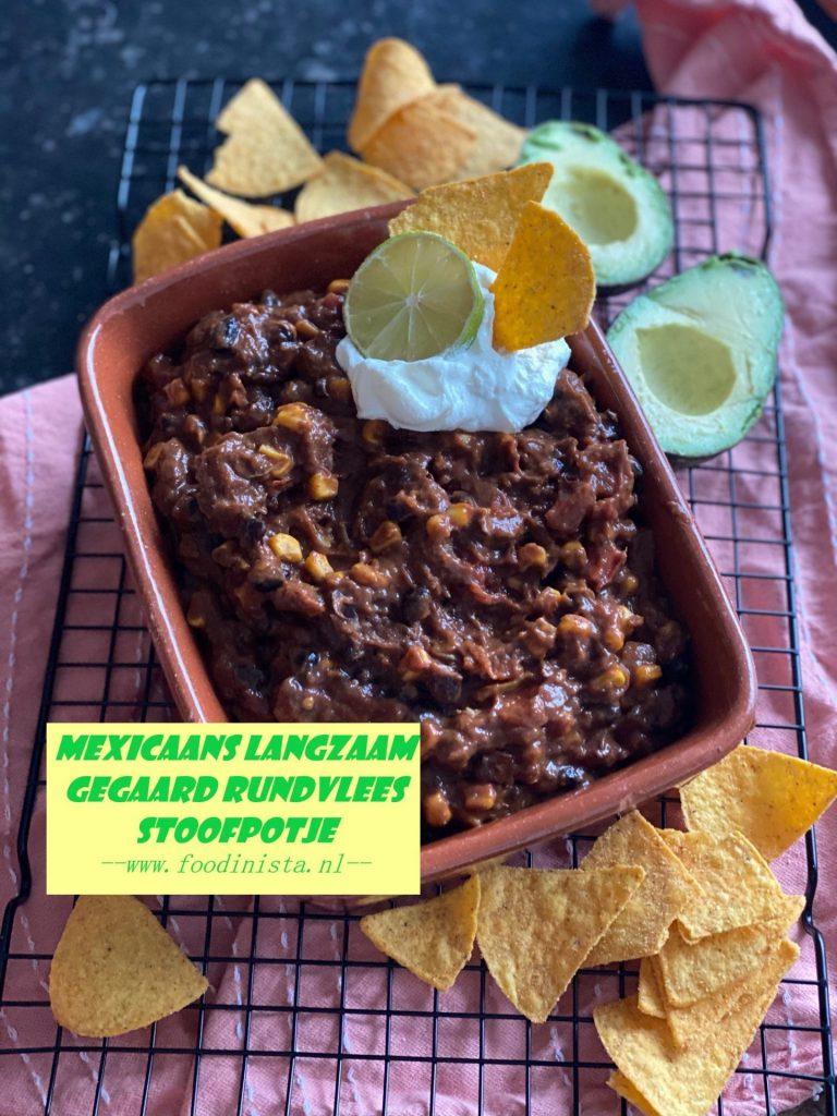 Mexicaans stoofpotje met rundvlees, bonen, mais en heel veel smaak - Mexicaanse langzaam gegaard suddervlees - Recept van Foodinista