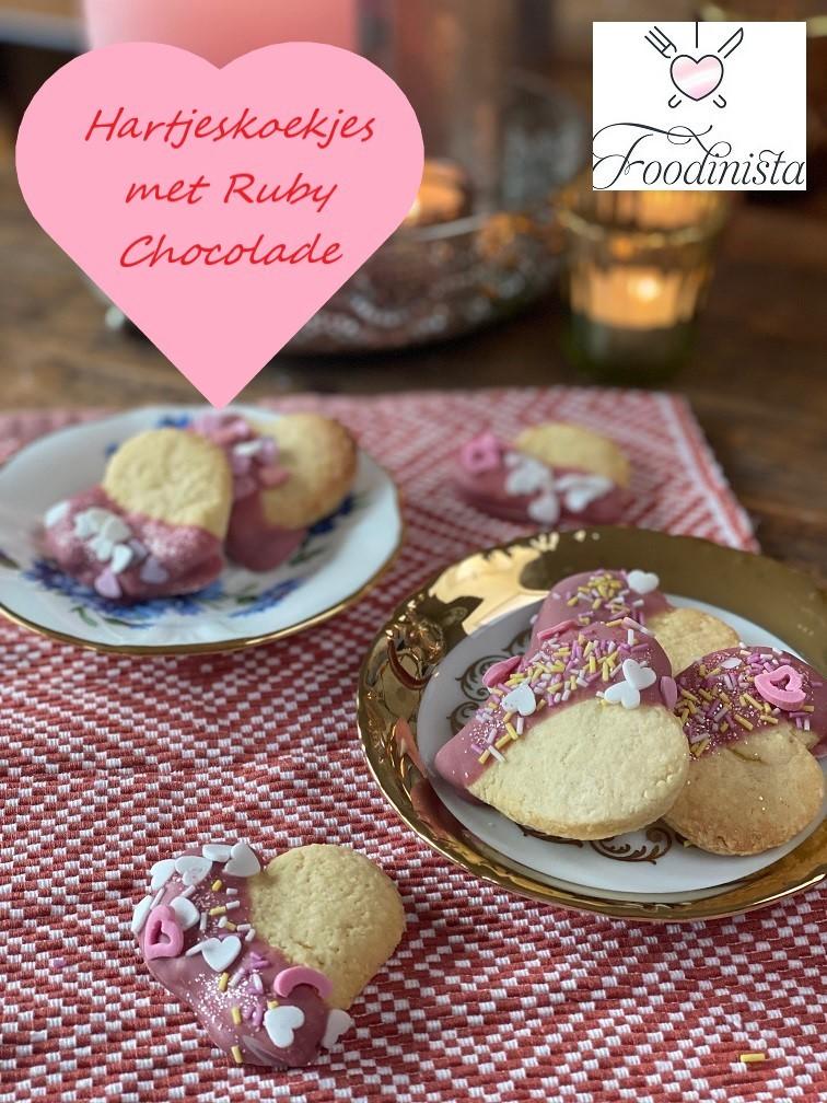 Hartjeskoekjes recept met Ruby Chocolade voor Moederdag of Valentijnsdag