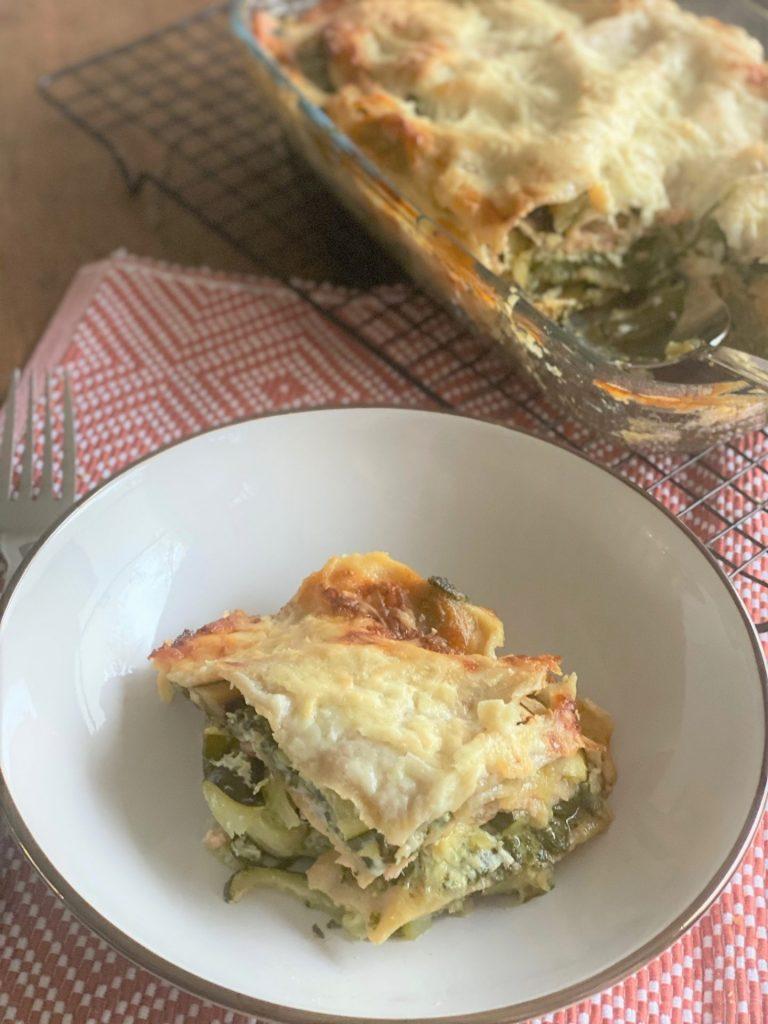 Lasagne met zalm, spinazie en courgette - Lasagnerecept van Foodblog Foodinista
