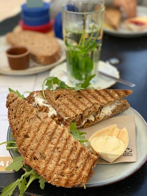 Lunchen bij het Kweekcafé in Haarlem - Tips met kinderen in Haarlem - Foodinista