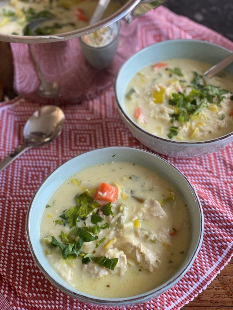 Romige kippensoep recept met veel groente - Foodblog Foodinista