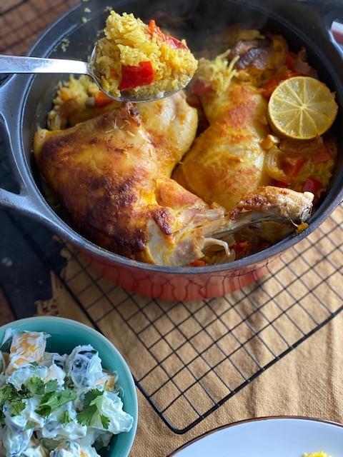Kip Tandoori pannetje met saffraanrijst - One pot wonder uit de oven - Foodblog Foodinista