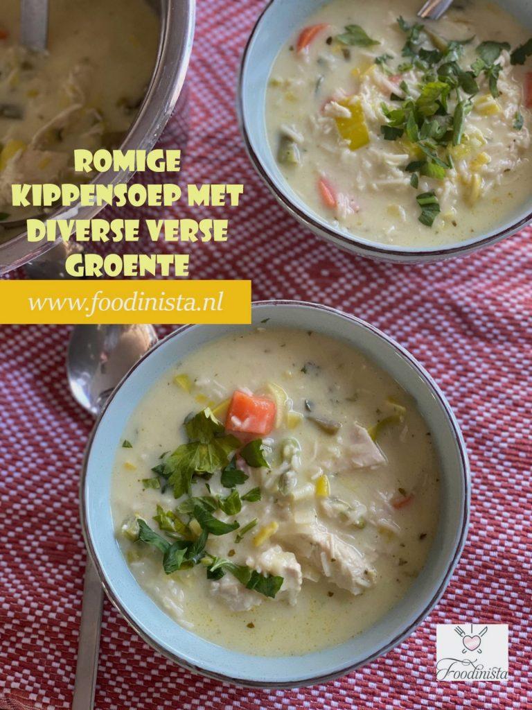 Romige kippensoep met veel groente - Kippensoep recept van foodblog Foodinista