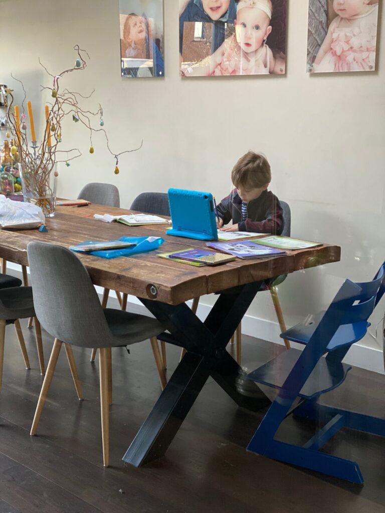 Schoolwerk thuis maken