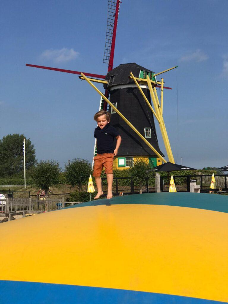 Spelen bij de Jonge Johannes in Zeeland - Vakantie tips met kinderen in Zeeland