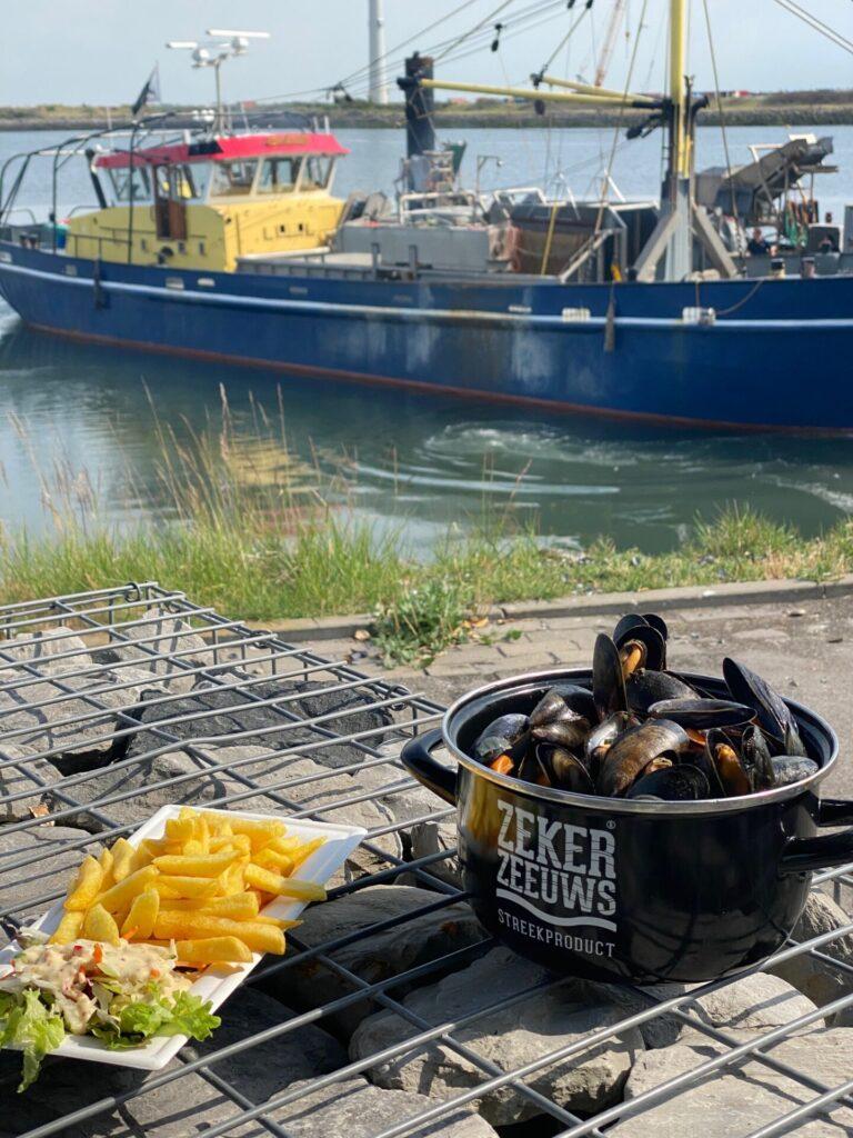 Mosselen eten bij Proef Zeeland - Eten en drinken tips in Zeeland