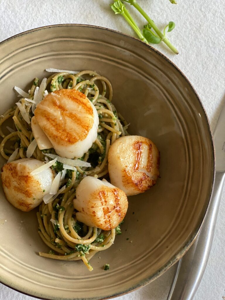 Spaghetti met coquilles en spinaziepesto - Foodblog Foodinista
