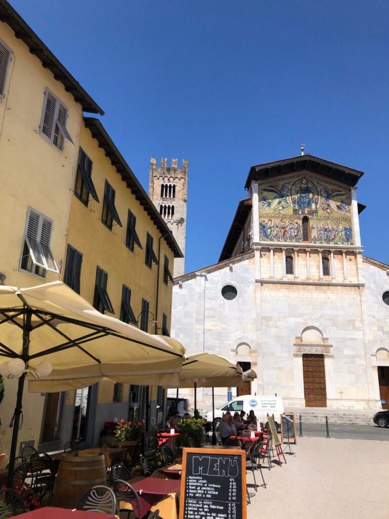 Koffie drinken in Lucca - Tips van Foodblog Foodinista