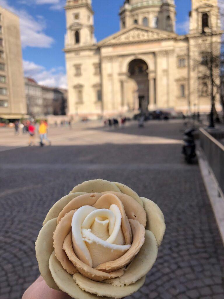 IJsje eten in Budapest - Gelarto Rosa  - Eten en drinken tips in Budapest