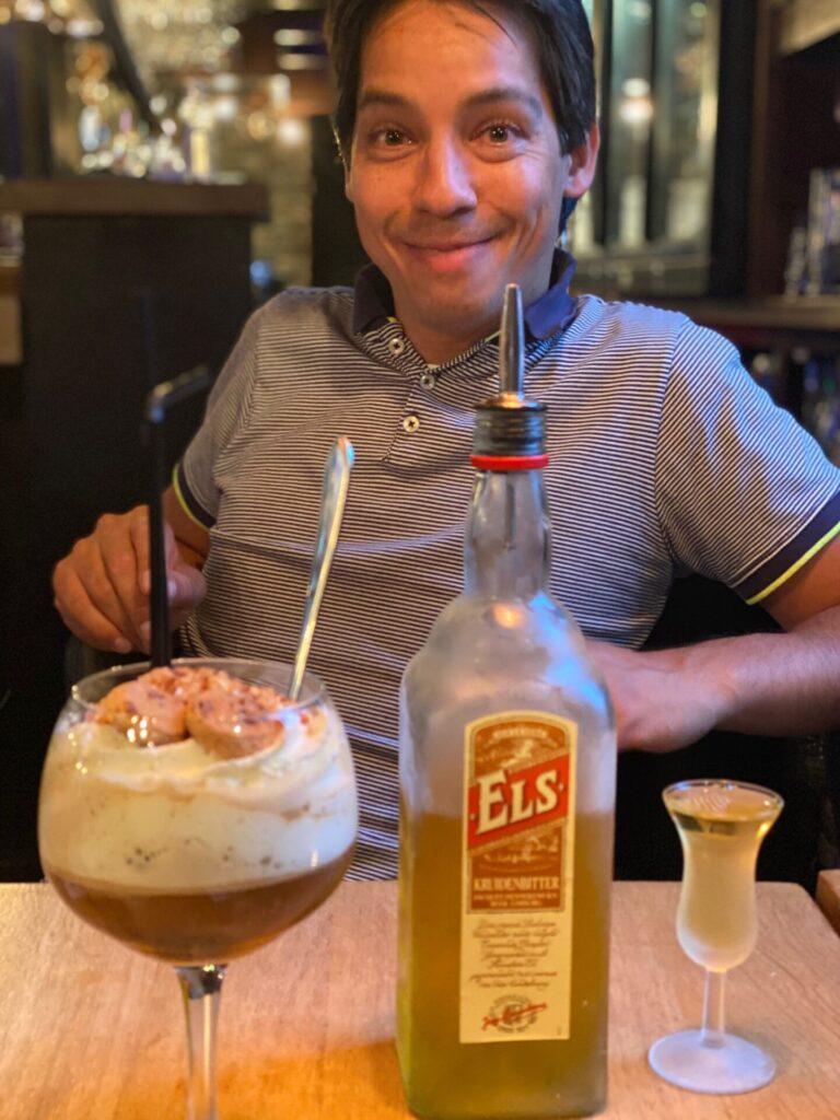 IJskoffie met Els Likeur - Limburgs dessert bij Pieke Potloed - Restaurant tips in Maastricht