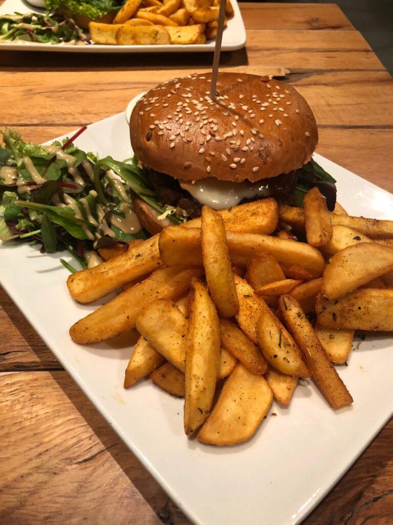 Hamburgers eten in Boedapest - Restaurant tips van Foodinista
