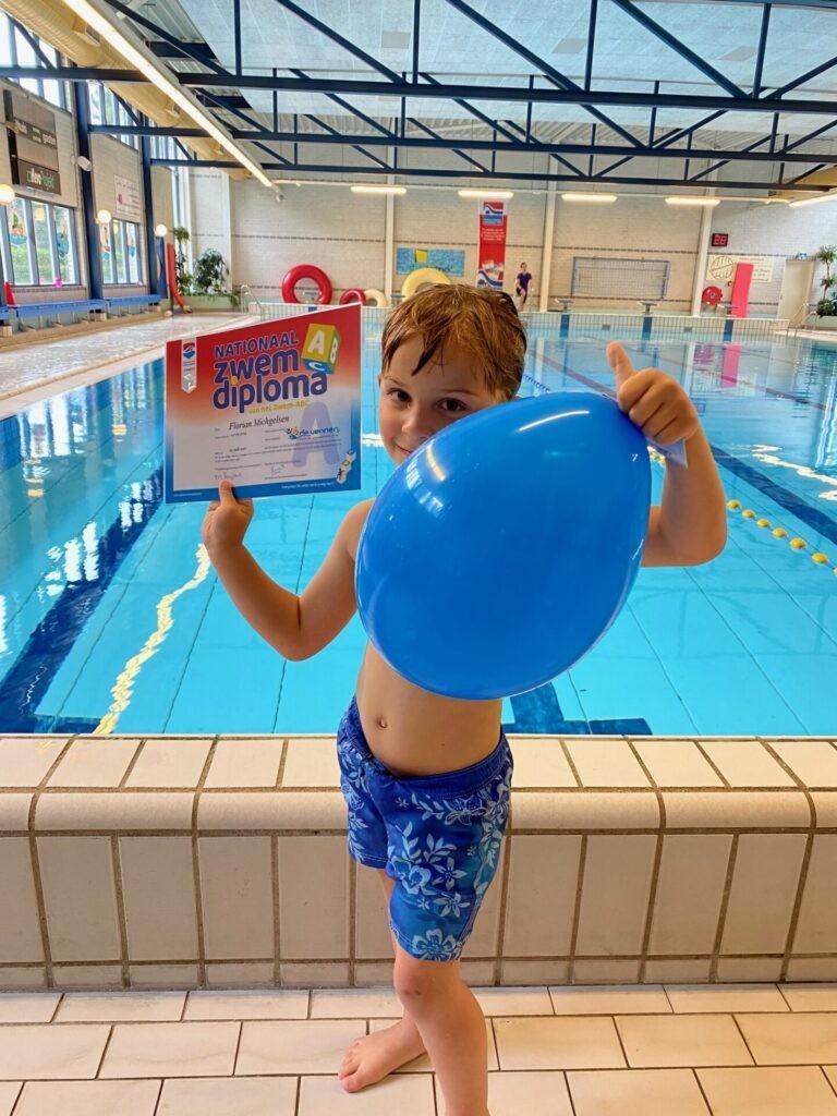 Florian heeft zijn zwemdiploma